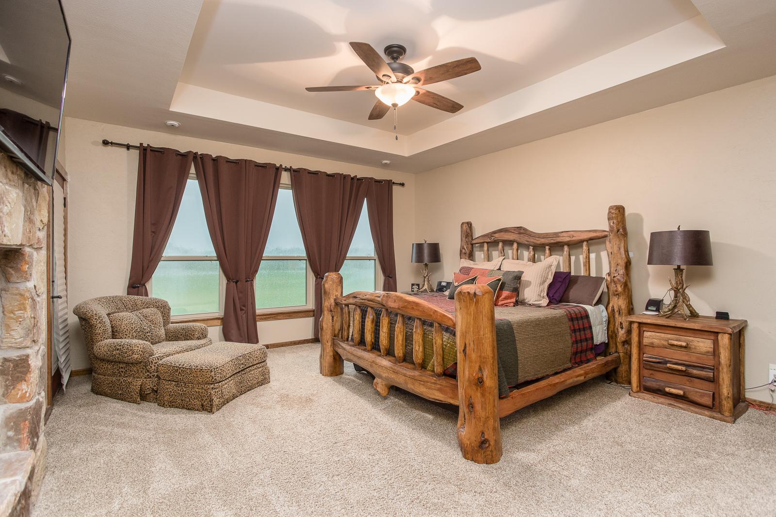 Quail Lodge Bedroom 1